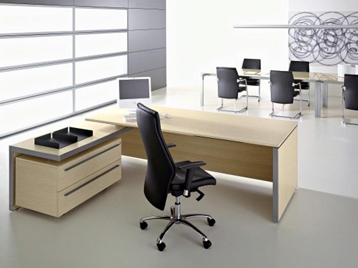 kancelarsky nabytok