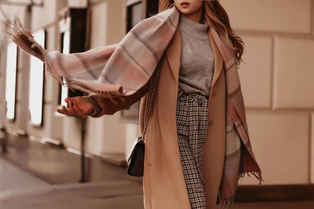 Aké dámske outfity nosiť počas prechodného obdobia medzi zimou a jarou?